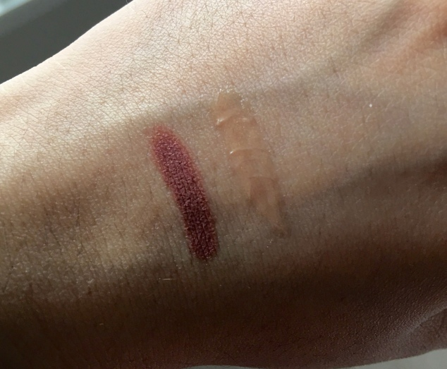 Swatch of Bite MultiStick Cashew and Too faced Lip Injection Glossy - Milkshake